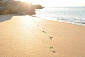 Sunshine-beach-footsteps169